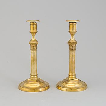 LJUSSTAKAR, ett par, brons, empire, Frankrike, 1800-talets första hälft.