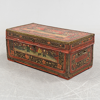 A CHEST, late 19th / early 20th century.