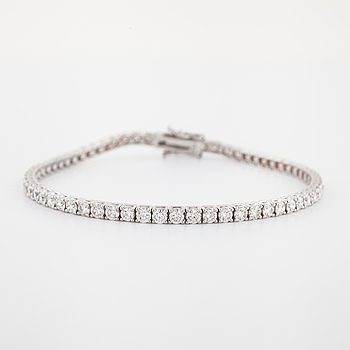 ARMBAND, med briljantslipade diamanter, totalt ca 4.70 ct.