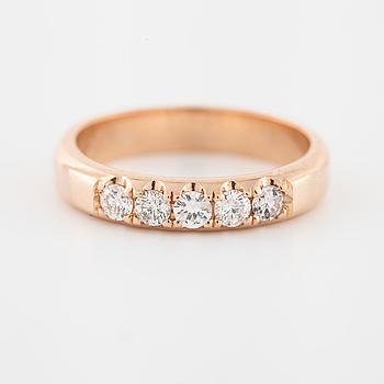 RING, med briljantslipade diamanter totalt ca 0.30 ct.
