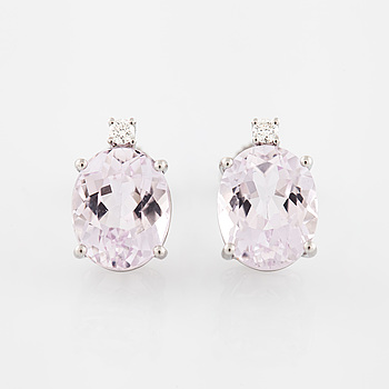 EARRINGS, with kunzite and brilliant cut diamond.
