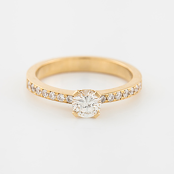 RING, med briljantslipade diamanter ca 0.45 + 0.15 ct.