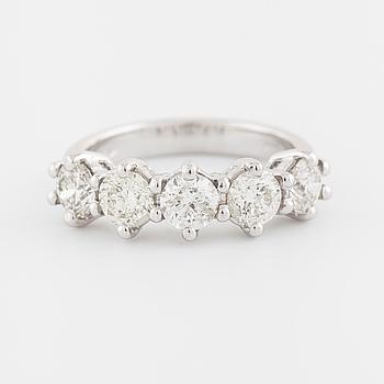 RING, med briljantslipade diamanter, ca 1.90 ct.