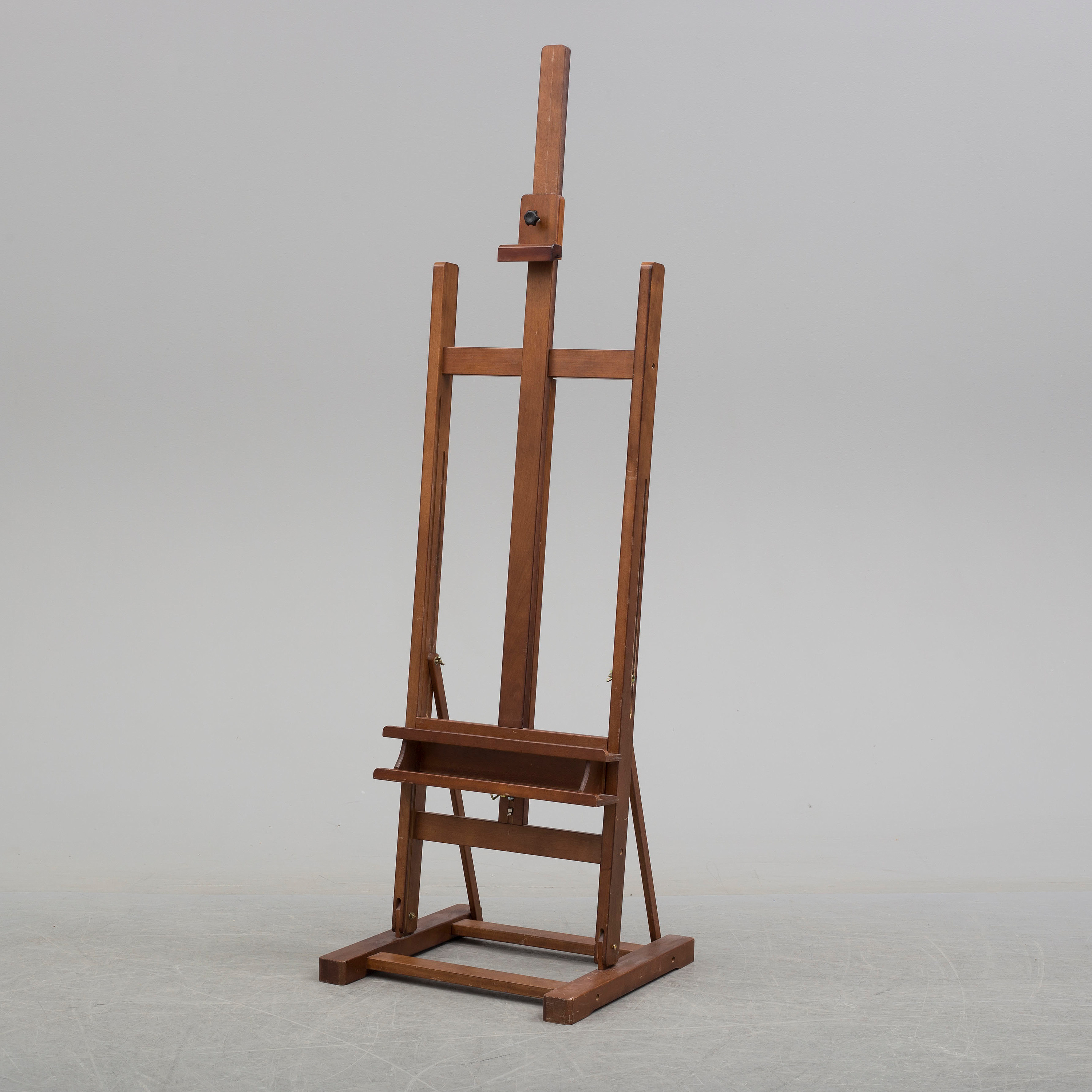 an easel late 20th early 21th century bukowskis