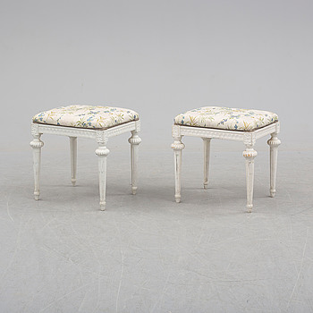 A pair of Gustavian style stools, late 20th century.