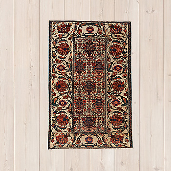 Carpet (semi-antique) 128x83.
