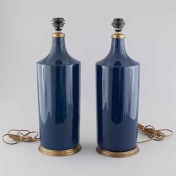 BORDSLAMPOR, ett par, keramik, Francois Chatain, Frankrike, 1900-talets andra hälft.