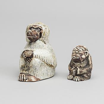 SVEN WEJSFELT, 2 st skulpturer signerade stengods 1900-tales andra hälft.