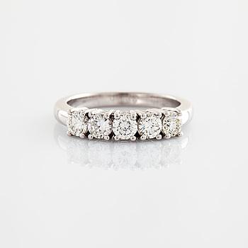 Ring briljantslipade diamanter Italien.