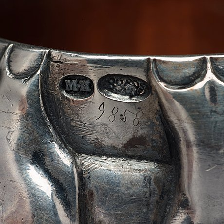 A fabergé silver vodka cup, workmaster mikhail perkhin, st petersburg 1908-17.