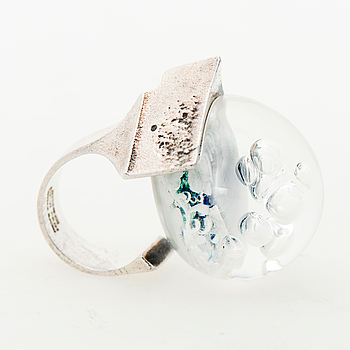 "A BJÖRN WECKSTRÖM RING, ""Petrified lake"", silver, acrylic. Lapponia 1973."