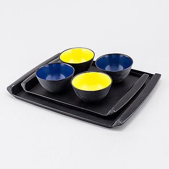 Four bowls designed by Sigvard Bernadote & Acton Bjørn and 2 trays by Carl Arne Breger, Husqvarna Borstfabrik, 1960/70s.