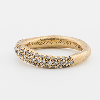 RING, Charlotte Lynggard for Ole Lynggard. LOVE collection no 4.
