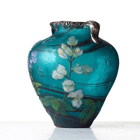 A burgun & schverer art nouveau cameo glass vase, france ca 1900.