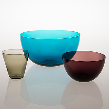 KAJ FRANCK, A SET OF THREE PIECE GLASS WARE.