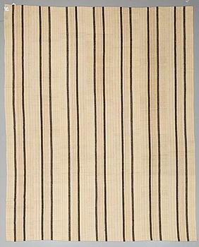MATTA, kelim, Kurdistan, 390 x 308 cm.
