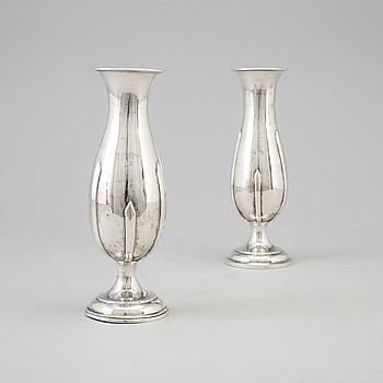 VASER, silver, ett par, London, England, 1908-12.