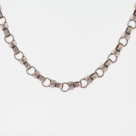 Cecilia johansson, göteborg, 1974, a necklace.