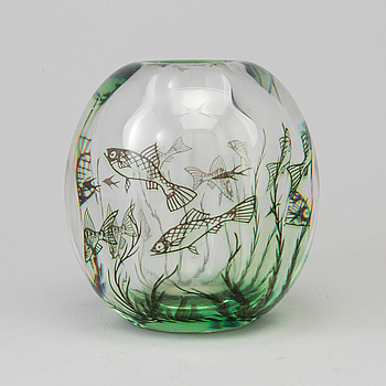 "EDWARD HALD, vas, ""Fiskgraal"".  Orrefors, 1900-talets mitt."