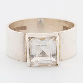 WIWEN NILSSON, RING, silver och bergskristall, signerad Wiwen Nilsson, Lund 1975, stlk 18,5/57.