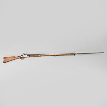 SLAGLÅSGEVÄR, svenskt, m/1845-54, Huskvarna faktori 1855 med bajonett.