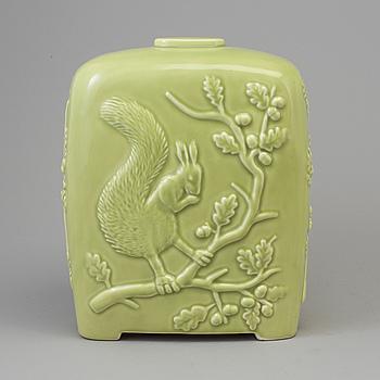 """MATS THESELIUS, vas, keramik, """"Ekorr-djävulen"""", Agador, Polen, 1991, signerad samt numrerad 34/275."""