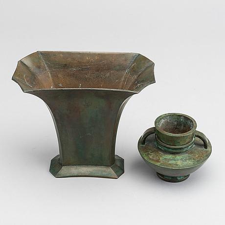 Sune bÄckstrÖm, a  bronze vase and an bronze urn, both 1930s