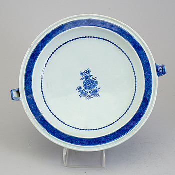 A large blue and white hot water dish, Qing dynasty, Jiaqing (1796-1820).
