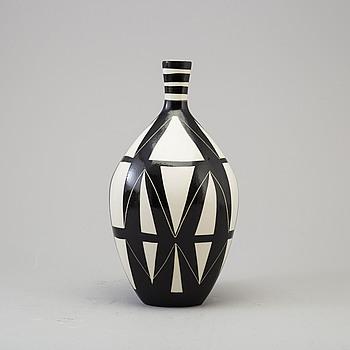 "KARIN BJÖRQUIST, vas ""Diagonal"", Gustavsberg studio 1950-tal."
