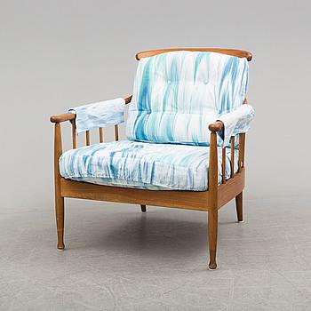 """KERSTIN HÖRLIN-HOLMQUIST, fåtölj, """"Skrindan"""", OPE-möbler, 1900-talets andra hälft."""