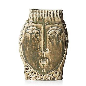 90. HERTHA HILLFON, a stoneware sculpture, Sweden 1950's.