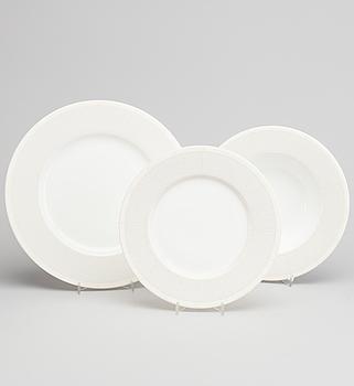 A 36 pcs Ralf Lauren Vivienne porcelain dinner service.