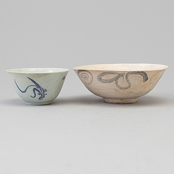 Two blue and white bowls, Ming dynasty (1368-1644).