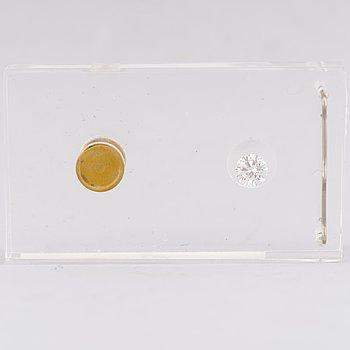 A DIAMOND, brilliant cut, W (H) / VVS2 1.07 ct.