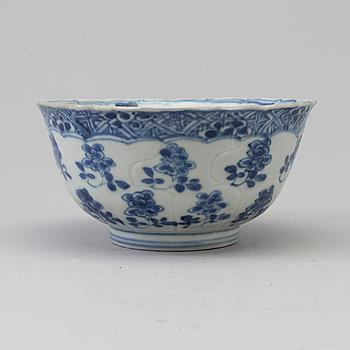 SKÅL, porslin. Qingdynastin, Kangxi (1662-1722.