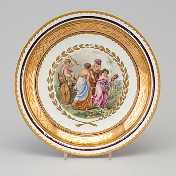 A porcelain Royal Copehagen bowldish.