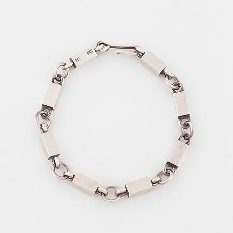 Wiwen nilsson, lund, 1952, a bracelet.