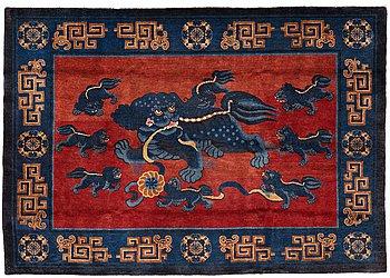 204. A CARPET, an old Baotou figural, China, ca 162,5 x 233,5 cm.