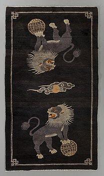 MATTA, Kina Baotou old/semiantik ca 180 x 101 cm.