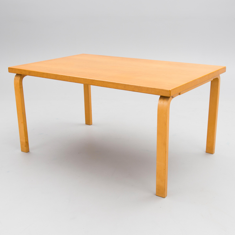 Aalto Pöytä