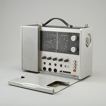 "DIET RAMS, radio, ""Weltempfänger - T1000"", formgiven 1963."