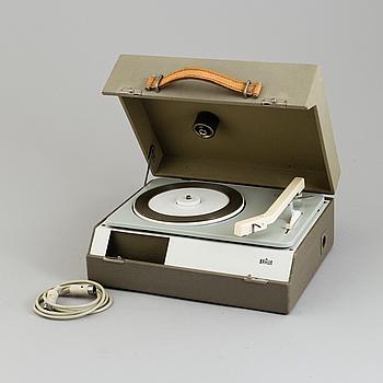 "DIETER RAMS & WILHELM WAGENFELD, mobile phonoplayer, ""PC3"", Braun, formgiven 1957-58."