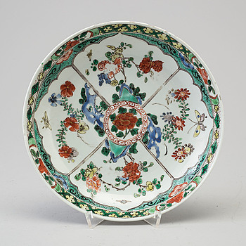A Chinese 18th century porcelain famille verte dish.