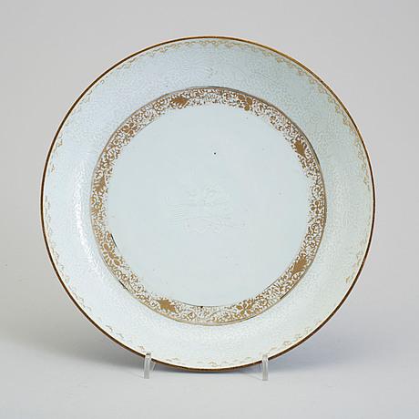 A 'bianco sopra bianco' dish, qing dynasty, qianlong (1736 95)