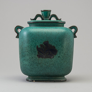 "WILHELM KÅGE, WILHELM KÅGE, urn with lid, ""Argenta"", Gustavsberg."