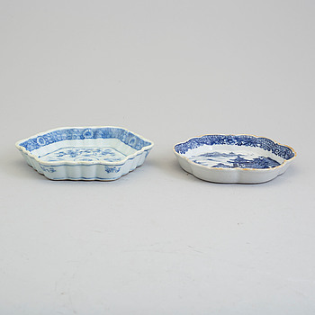 Two blue and white coasters, Qing dynasty, Qianlong (1736-95).