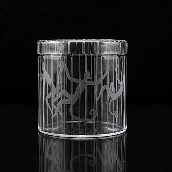 An Edward Hald engraved glass box, Orrefors 1945.