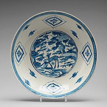 SKÅLFAT, porslin. Mingdynastin (1368-1644). Swatow.
