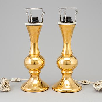 BORDSLAMPOR, ett par, porslin, Luxus, 1900-talets andra hälft.