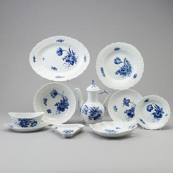 ROYAL COPENHAGEN, A 47 pcs porcelain service, 'Blå Blomst' Royal Copenhagen', Denmark second half of the 20th century.